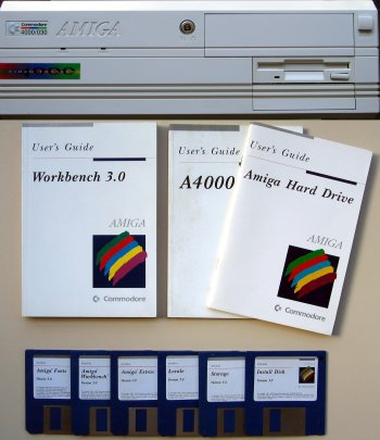 A4000 with manuals and disks