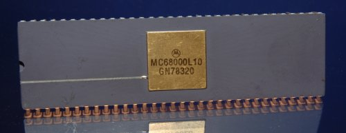 10Mhz DIP Component. Manufactured around 1983