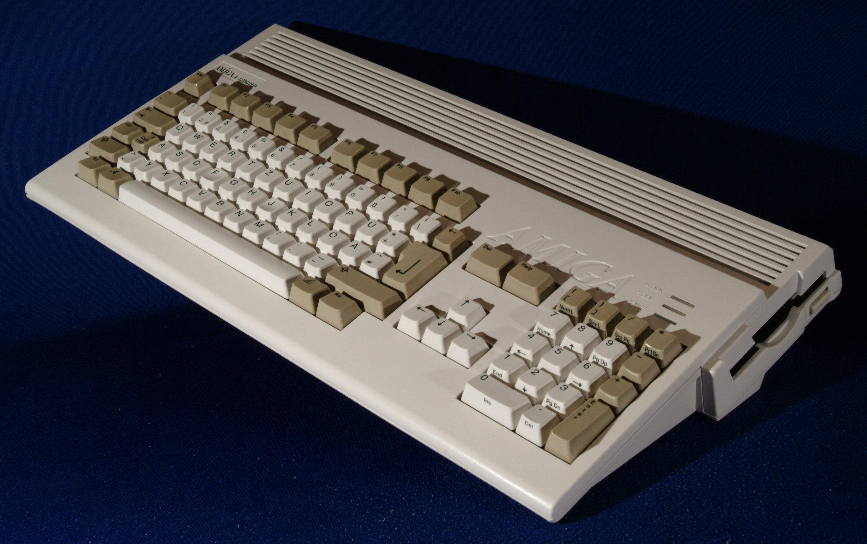 Big Book of Amiga Hardware - powered by AmigaResistance